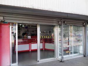Local Comercial En Venta En Maracay, El Centro, Venezuela, VE RAH: 16-1432