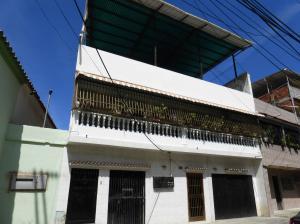 Casa En Venta En La Guaira, Macuto, Venezuela, VE RAH: 16-1461