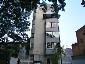 Apartamento En Venta En Caracas, La Campiña, Venezuela, VE RAH: 16-1466