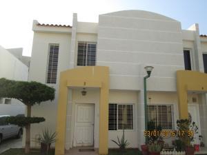 Townhouse En Venta En Maracaibo, Canchancha, Venezuela, VE RAH: 16-1637