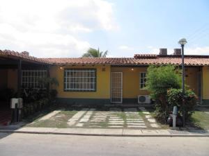 Casa En Venta En Municipio San Diego, Valle De Oro, Venezuela, VE RAH: 16-1512