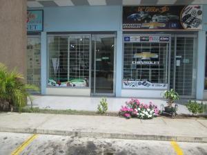 Local Comercial En Ventaen Municipio Los Guayos, Paraparal, Venezuela, VE RAH: 16-1533