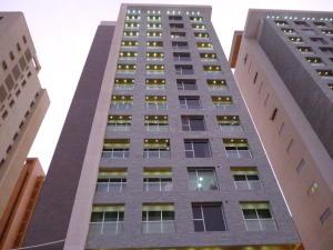 Apartamento En Venta En Maracaibo, Colonia Bella Vista, Venezuela, VE RAH: 16-1628