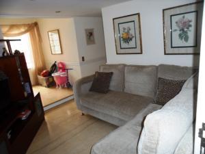 Apartamento En Venta En Caracas - Colinas de Valle Arriba Código FLEX: 16-1667 No.14
