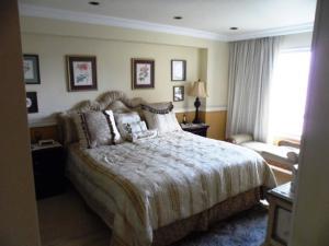 Apartamento En Venta En Caracas - Colinas de Valle Arriba Código FLEX: 16-1667 No.15