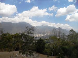 Apartamento En Venta En Caracas - Colinas de Valle Arriba Código FLEX: 16-1667 No.1
