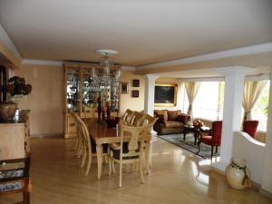 Apartamento En Venta En Caracas - Colinas de Valle Arriba Código FLEX: 16-1667 No.4