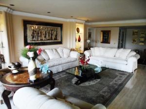 Apartamento En Venta En Caracas - Colinas de Valle Arriba Código FLEX: 16-1667 No.2
