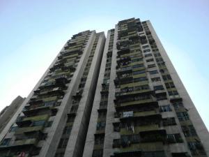 Apartamento En Venta En Caracas, San Martin, Venezuela, VE RAH: 16-1713