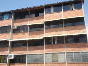Apartamento En Venta En Guarenas, Terrazas Del Este, Venezuela, VE RAH: 16-1890