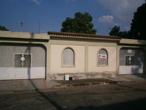 Casa En Venta En Municipio Naguanagua, Caprenco, Venezuela, VE RAH: 16-2003