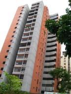 Apartamento En Venta En Valencia, Valles De Camoruco, Venezuela, VE RAH: 16-1926