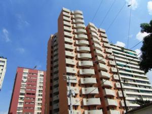 Apartamento En Venta En Valencia, San Jose De Tarbes, Venezuela, VE RAH: 16-1930