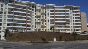 Apartamento En Venta En Margarita, Playa El Angel, Venezuela, VE RAH: 16-1951