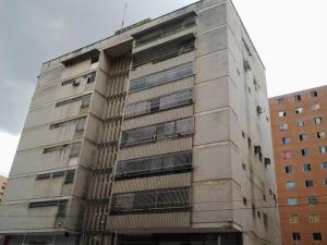 Apartamento En Venta En Caracas, Sabana Grande, Venezuela, VE RAH: 16-1967