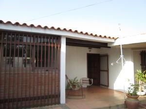 Casa En Venta En Maracaibo, El Pilar, Venezuela, VE RAH: 16-1968
