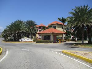 Apartamento En Venta En Margarita, Pampatar, Venezuela, VE RAH: 16-2033