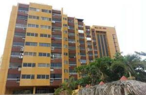 Apartamento En Venta En Rio Chico, Las Mercedes De Paparo, Venezuela, VE RAH: 16-1974