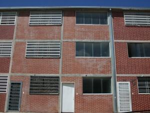 Townhouse En Venta En Guatire, El Ingenio, Venezuela, VE RAH: 16-2122