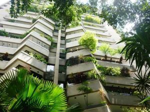 Apartamento En Venta En Caracas, La Castellana, Venezuela, VE RAH: 16-2018