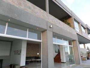 Casa En Venta En Caracas, La Lagunita Country Club, Venezuela, VE RAH: 16-2038