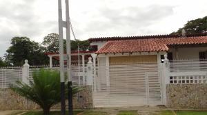 Casa En Venta En Rio Chico, Los Apamates, Venezuela, VE RAH: 16-2183