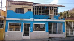 Casa En Venta En Municipio San Diego, La Esmeralda, Venezuela, VE RAH: 16-2238