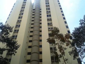 Apartamento En Venta En Valencia, El Bosque, Venezuela, VE RAH: 16-2251