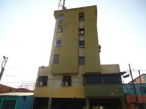 Apartamento En Venta En Barquisimeto, Parroquia Catedral, Venezuela, VE RAH: 16-2261