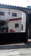 Casa En Venta En Santa Teresa, La Raiza, Venezuela, VE RAH: 16-2432