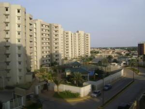 Apartamento En Venta En Maracaibo, Avenida Milagro Norte, Venezuela, VE RAH: 16-2295