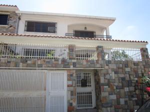 Casa En Venta En Valencia, Trigal Sur, Venezuela, VE RAH: 16-2292