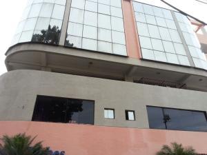 Edificio En Venta En Valencia, San Jose De Tarbes, Venezuela, VE RAH: 16-2304