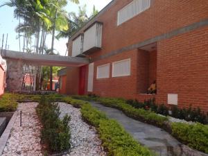 Casa En Ventaen Caracas, Alto Hatillo, Venezuela, VE RAH: 16-2473