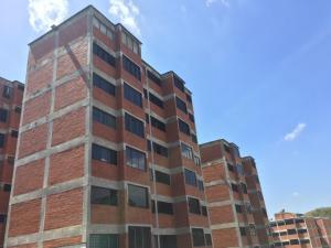 Apartamento En Ventaen San Antonio De Los Altos, Parque El Retiro, Venezuela, VE RAH: 16-2368