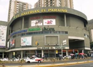 Local Comercial En Venta En Caracas, El Paraiso, Venezuela, VE RAH: 16-2390