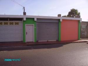 Casa En Venta En Punto Fijo, Centro, Venezuela, VE RAH: 16-2404