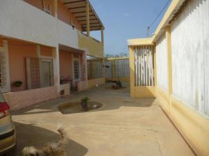 Casa En Venta En Punto Fijo, Guanadito, Venezuela, VE RAH: 16-2410