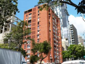 Apartamento En Venta En Caracas, Bello Campo, Venezuela, VE RAH: 16-3250