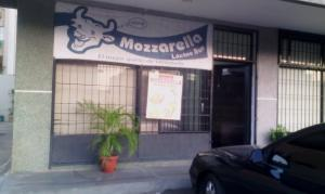 Local Comercial En Venta En Maracaibo, Santa Rita, Venezuela, VE RAH: 16-2451