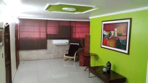 Apartamento En Venta En Maracaibo, Centro, Venezuela, VE RAH: 16-9746