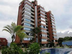 Apartamento En Venta En Caracas, Colinas Del Tamanaco, Venezuela, VE RAH: 16-2507