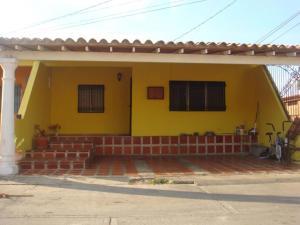 Casa En Venta En Cabudare, Los Bucares, Venezuela, VE RAH: 16-2333