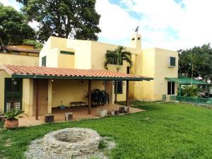 Casa En Venta En Caracas, El Hatillo, Venezuela, VE RAH: 16-2560