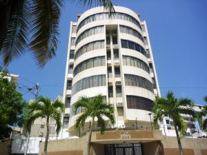 Apartamento En Venta En Parroquia Caraballeda, Tanaguarena, Venezuela, VE RAH: 16-2587