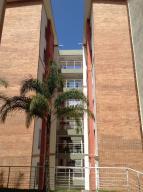 Apartamento En Venta En Caracas, Miravila, Venezuela, VE RAH: 16-2598