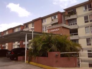 Apartamento En Venta En Caracas, Miravila, Venezuela, VE RAH: 16-2616