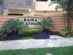 Apartamento En Ventaen Valencia, La Trigaleña, Venezuela, VE RAH: 16-2629