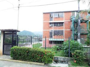 Apartamento En Venta En Guatire, La Rosa, Venezuela, VE RAH: 16-2638