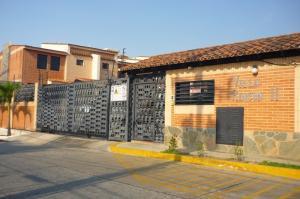 Townhouse En Venta En Municipio Naguanagua, El Rincon, Venezuela, VE RAH: 16-2682